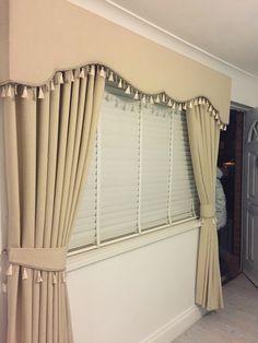 Bedroom Curtains With Blinds, Cream Curtains, Luxury Curtains, Elegant Curtains, Rideaux Design, Purple Furniture, Interior Decorating, Interior Design, Curtain Designs