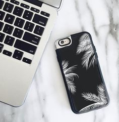 Happy Friday everyone ! 🌴🍹 > to shop this case click link in bio  #casetify #leedesigns #iphone #iphonecase #marble #palmtrees #summervibes #blackandwhite #finallyweekend #happyfriday