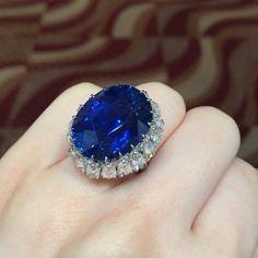#christiesjewels #ceylonsapphire A beautiful 27cts Ceylon, no heat sapphire ring... Hong Kong Magnificent Jewels 05.31.2016