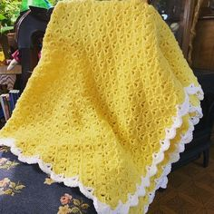 "Sassys Country Crafts Crochet on Instagram: ""#crochet #springtime #memories #believeinyourself #sassyscountrycrafts #crochetersofinstagram #crocheter #shellstitch #shellstitchblanket…"""