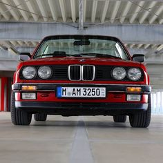 Already missing the sun Repos Bmw E30 Cabrio, Bmw 325, Red Dead Redemption Ii, Bavarian Motor Works, Bmw Classic, Bmw 3 Series, Top Cars, Retro Cars, Cars And Motorcycles