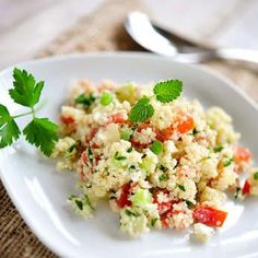 Tabbouleh house: fragrant, easy and fast - easyrec Mediterranean Couscous Salad, Diet Recipes, Healthy Recipes, Healthy Food, Salty Foods, Meat Chickens, Recipe Collection, Healthy Habits, Potato Salad