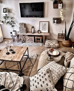 96 Amazing Rustic Apartment Living Room Design Ideas – How to Create A Rustic Living Room Decor Interior Design Living Room, Living Room Designs, Living Room Decorating Ideas, Hone Decor Ideas, Small Living Room Design, Interior Livingroom, Small Living Rooms, Apartment Living, Living Room Ideas For Apartments