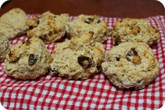 Girls Wear Blue Too: Date Scones