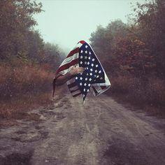 Les photos surréalistes de Christopher Mckenney