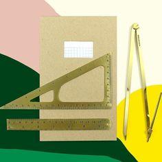 #stationary #papeterie #schreibwaren #papierwaren #brassruler #brasstriangle #brasscompass #notebook (at sous-bois)