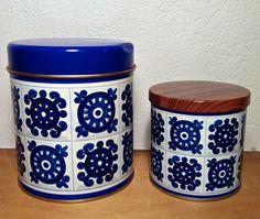 Viri Vintage Tins, Retro Vintage, Tin Boxes, Coffee Cans, My Childhood, Kitchenware, Finland, Nostalgia, Blue And White