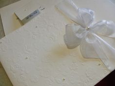Marie Papiers  |  Convites Exclusivos: Rosas , laços e pérolas...puro romance.