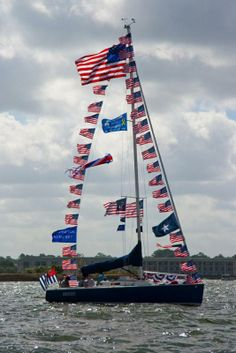 ... 4th of July - picture from Lake Conroe Sailing Association boat parade
