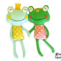 Frog Sewing Pattern                                                                                                                                                                                 Más