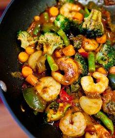 Szechuan Shrimp Stir Fry with Fried Rice (GF) - Packed with flavor, healthy so easy! Who needs takeout when you can DIY in 15 minutes! - For gluten free pick up GF Szechuan and Soy Sauce (Tamari). Stir Fry Recipes, Healthy Recipes, Asian Recipes, Cooking Recipes, Wok Recipes, Asian Foods, Cookbook Recipes, Free Recipes, Cooking Tips