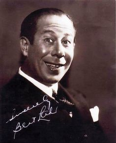 Bert Lahr The Lion in The Wizard of Oz Signed Autographed 8 X 10 Reprint Photo - Mint Condition