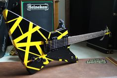 Gibson Explorer - with VH stripey paint!!!