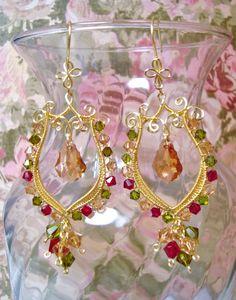 Golden Lyres | JewelryLessons.com