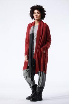 Custom color Cranberry featured in OSKA New York Look of the Day. https://newyork.oska.com/en/products/detail/jacket-palva-10160713029/