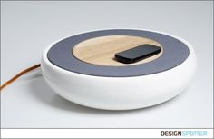 Ceramic Smartphone Speaker by Victor Johansson makes use of NFC pads to control the Speaker. The Speaker is paired to a Smartphone via Bluetooth connection Drones, Joe Colombo, Innovation, Bluetooth, Technology Design, Technology News, Cool Tech, Tech Gadgets, Minimalist Design