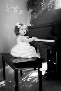 sweet lil girl at the piano