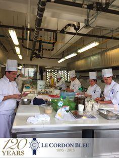 Alumnos de cocina superior.