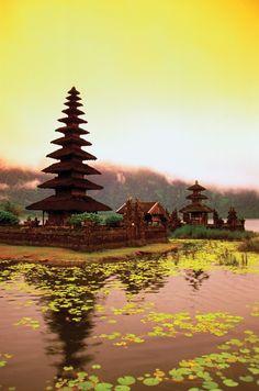 Pura Ulun Danu Temple on Lake Bratan, Bali, Indonesia