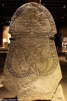 Picture stone