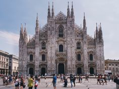 Travel Journal – 24 hours in Milano Journal Photo, Barcelona Cathedral, Building, Places, Travel, Lifestyle, Blog, Fashion, Moda