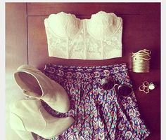 Love the circle skirt with white lace banduea top