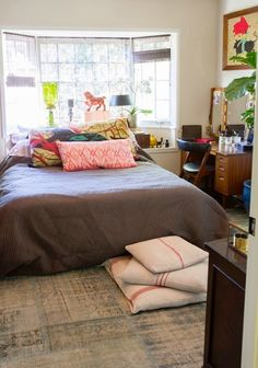 Embrace the start of a new year and veer a bit off the beaten path when it comes to the design scheme of your home and furniture placement in your rooms. Cozy Bedroom, Dream Bedroom, Bedroom Decor, Master Bedroom, Trendy Bedroom, Guest Bedrooms, Home Goods Decor, Home Decor, Bedroom Furniture Design