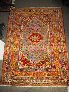Wool on wool hand knotted Turkish carpet from Konya, Sille – Armenian. Approximately 80 years old