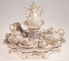 .Beautiful silver tea set