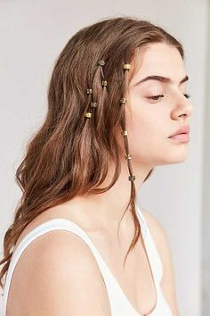 Regal Rose Engraved Hair Charm Set - Urban Outfitters