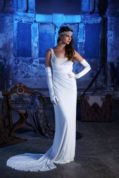 The Stardust Collection – A First Look At The Stunning 2017 Gowns From Eliza…