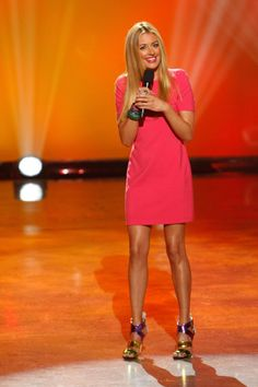 Cat Deeley hosts #sytycd on 6/25/13!