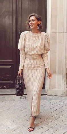 27 lange kleider mutter der braut Hochzeitskleid Führer 27 long dresses mother of the bride wedding dress guide dress Classy Dress, Classy Outfits, Chic Outfits, Party Outfits, Work Outfits, Simple Dresses, Beautiful Dresses, Awesome Dresses, Evening Dresses