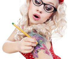 Give yourself some sick tats without the pain or life long commitment by using this temporary tattoo pen!For creative types who love to draw, this pen allows you to take your artwork to a new medium and create realistic looking, long lasting tattoos on yourself!