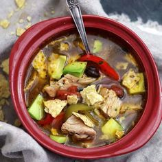 This hearty Chicken Tortilla Soup is super flavorful, filled with delicious chicken, tomatoes, peppers, black beans and garnished with crispy tortilla chips and avocado. Mexican Food Recipes, Soup Recipes, Dinner Recipes, Cooking Recipes, Healthy Recipes, Recipies, Dessert Recipes, Yum Yum Chicken, Recipe Chicken