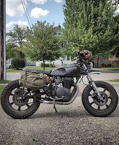 """Daily Man Up Photos) Ever been told to """"man up""""? Very few men ever """"man up"""" and it's about time we do. I'm not talking about some testosterone-fueled call to a. Motos Vintage, Vintage Motorcycles, Custom Motorcycles, Custom Bikes, Cars And Motorcycles, Triumph Motorcycles, Cafe Racer Motorcycle, Moto Bike, Motorcycle Design"""