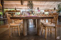 Mesas de madera para boda estilo vintage para 10 personas