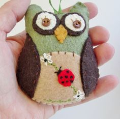 Felt Owl Ornament Owl Christmas Ornament by purelysimpledesigns, $8.25