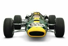 Jim Clark's 65 Indy 500 Lotus 38 powered by Ford. (ph: motorsportretro.com)