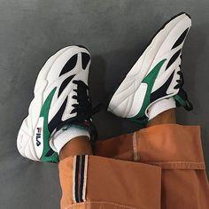 more photos 01ec1 853c9 Adidasskor, Vita Sneakers, Modetrender, Skor Sneakers, Byxor, Boots,  Anpassade Skor