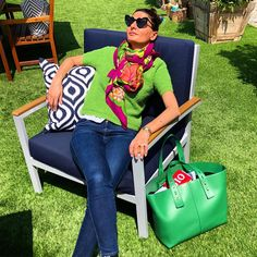 "9,740 Me gusta, 84 comentarios - Giovanna Battaglia Engelbert (@bat_gio) en Instagram: ""Waiting for my luggage like  @theprivatesuite #theprivatesuite """