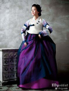 Korean Culture Fashion- Appreciate the Hanbok Korean Traditional Dress, Traditional Fashion, Traditional Dresses, Korean Dress, Korean Outfits, Ethnic Fashion, Asian Fashion, Modern Hanbok, Korean Wedding