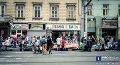 Annenstraßen-Flohmarkt in Graz am 2. Mai 2015 Am Samstag, 2.5.2015 war die Annenstraße wieder mal die belebteste Straße in Graz, unzählige Menschen kamen zum Annenstraßen-Flohmarkt, um zu schmökern, zu tauschen und zu plaudern. #AnnenstraßenFlohmarktGraz #Annenviertel #Annenstraße