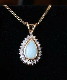 Ladies Gold Genuine w Opal & Diamonds Necklace Pendant w Chain Chains For Sale, October Birth Stone, Diamond Pendant Necklace, Opals, Paranormal, Birthstones, Vintage Jewelry, Diamonds, Author