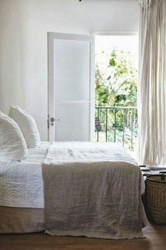 linnen. Not about the linen but more about the Juliet balcony off the bedroom