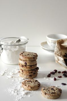 chocOlate cranberry cookies