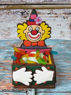 clowen candy box made of cookies