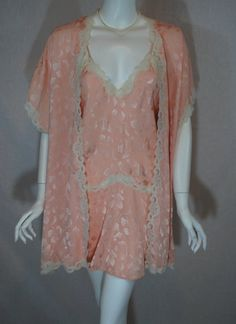 Vintage Peach Blanche for Ralph Montenero Peignoir Set