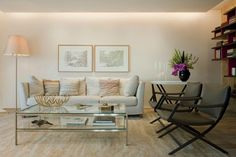 You're reading São Paulo Apartment Design Spiced Up With Chic Decorations originally posted on Freshome.
