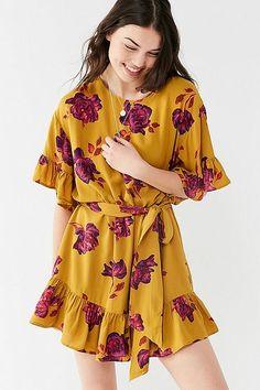 UO Suddenly Spring Ruffle Tie Dress